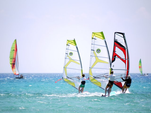 National windsurfing School