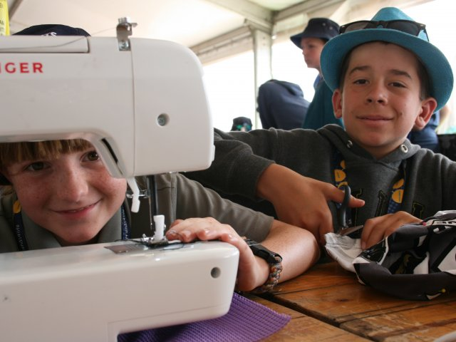 Scouts at AJ2019 Sewing Machine Jeremy